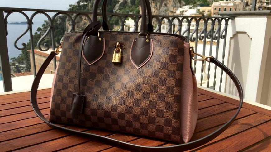 Why Are Louis Vuitton Handbags So Popular?